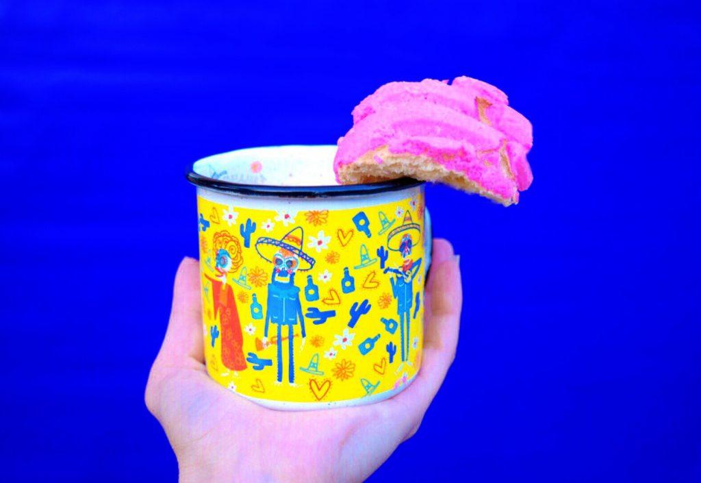 dia de muertos-pan dulce-hot chocolate-Día de Los Muertos