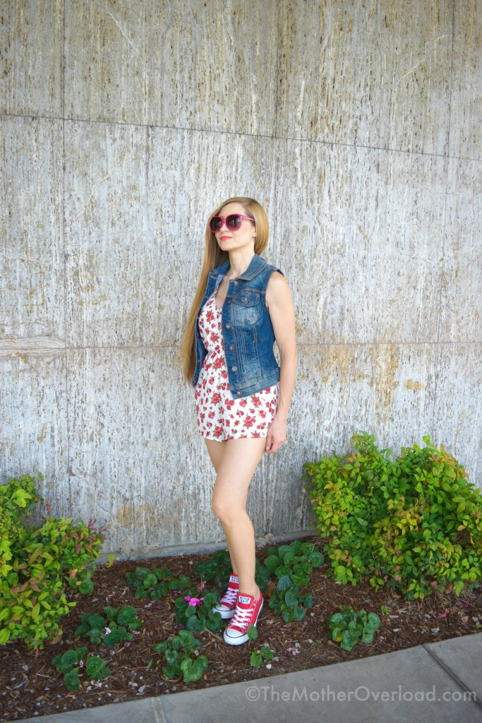 Ways-To-Style-Converse-All-Stars-Chucks-Floral-Romper