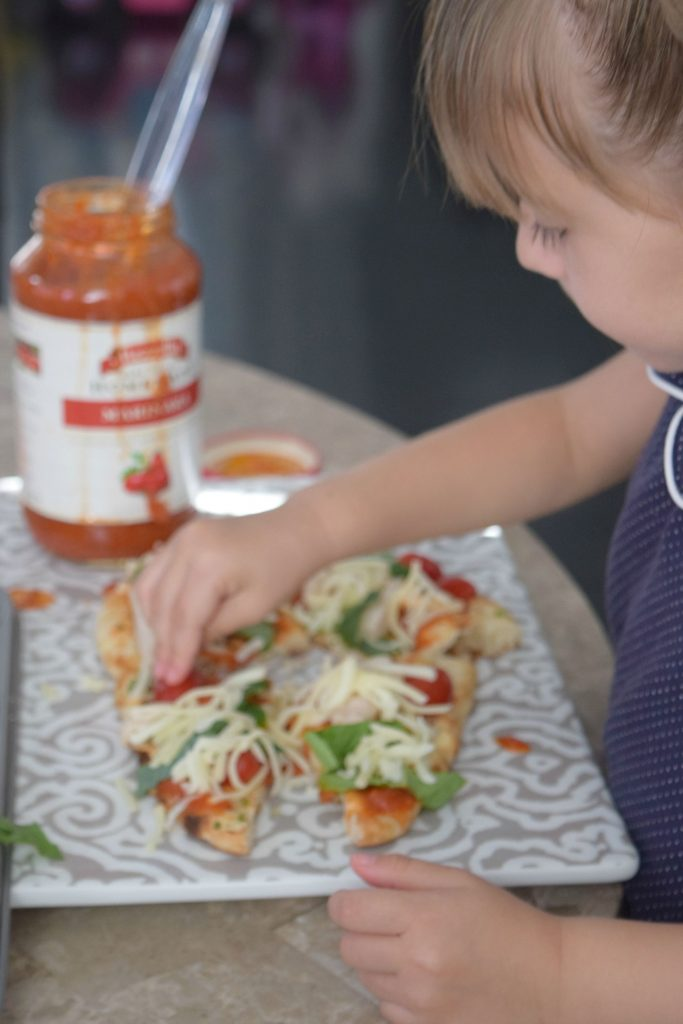 Cooking-With-Kids-Naan Flat-Bread Pizza-Mezzetta-Marinara