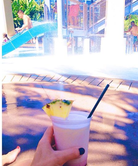 Disneyland-Hotel-Pool-Water-Slide-Piña Colada