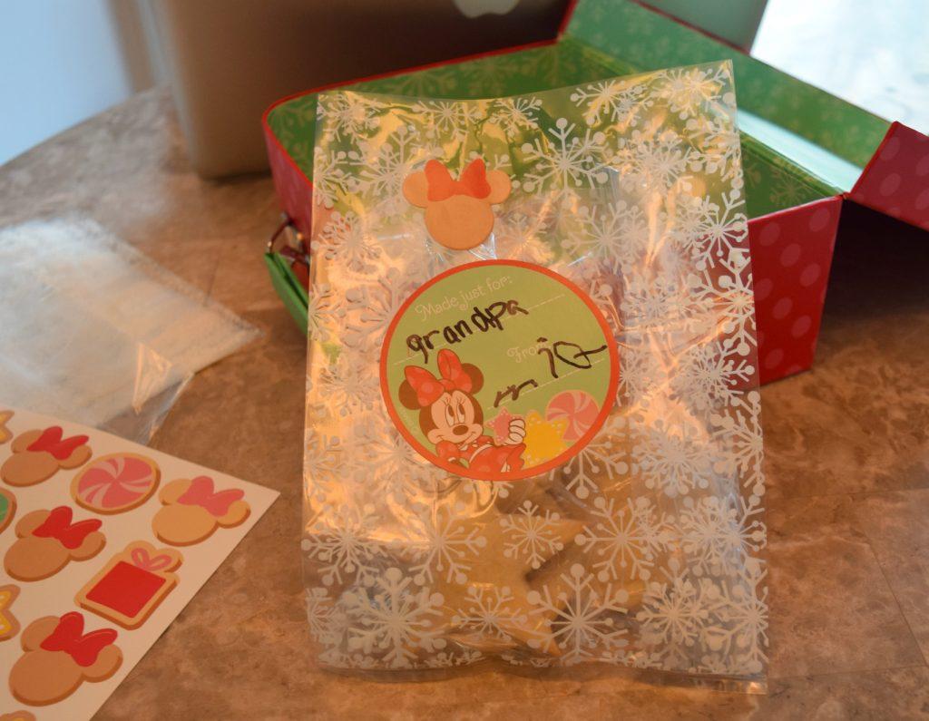 Hallmark Crown Store - Minnie Baking Kit - Eggless - Sugar - Cookie - Eggfree - Cookie