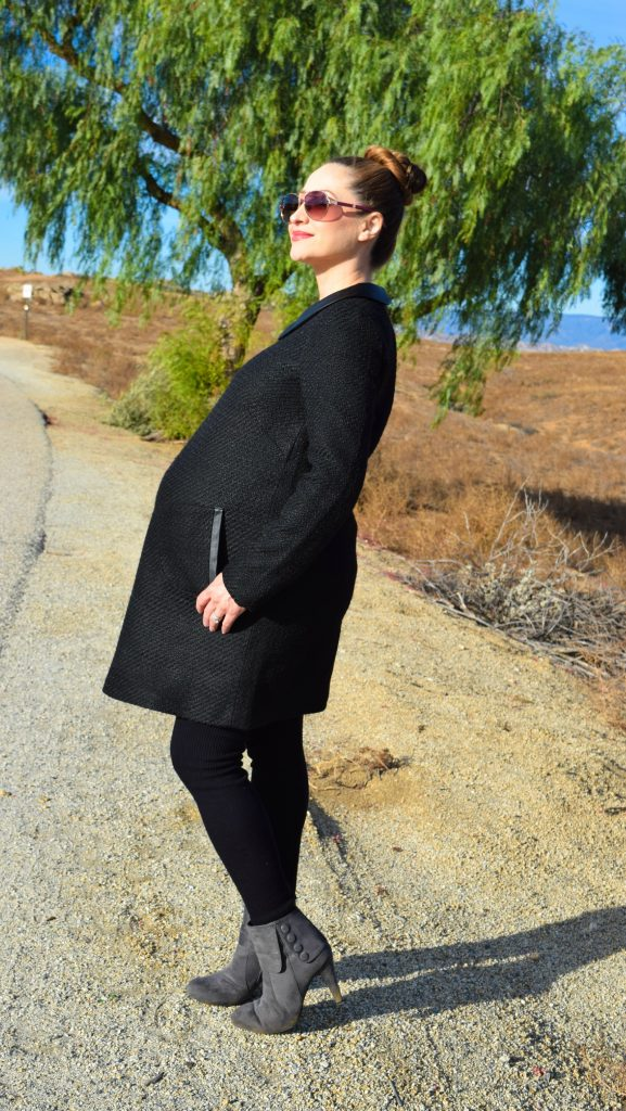 Style The Bump-Momo Maternity -  Fashion -Pregnant - Wool - Dress - Peter Pan Collar - Tweed Fynn - 38 weeks pregnant
