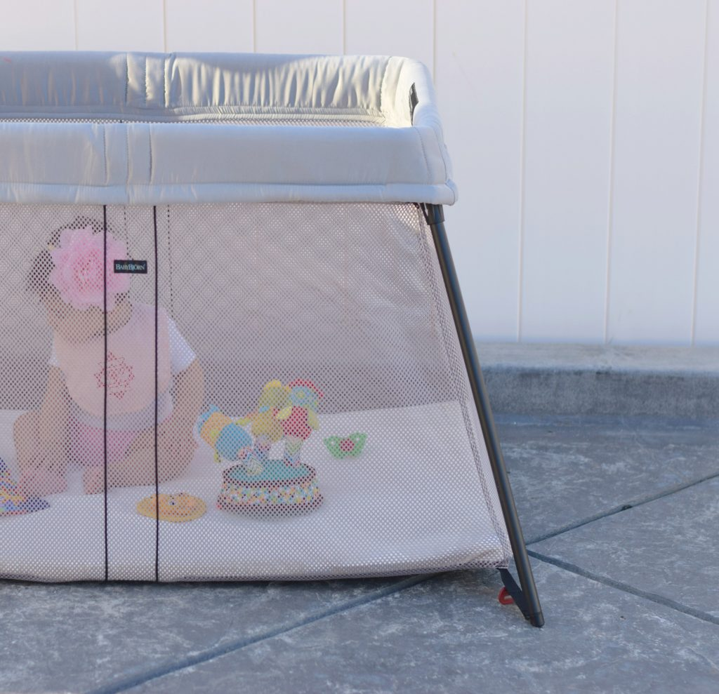 babybjörn-light-travel-crib