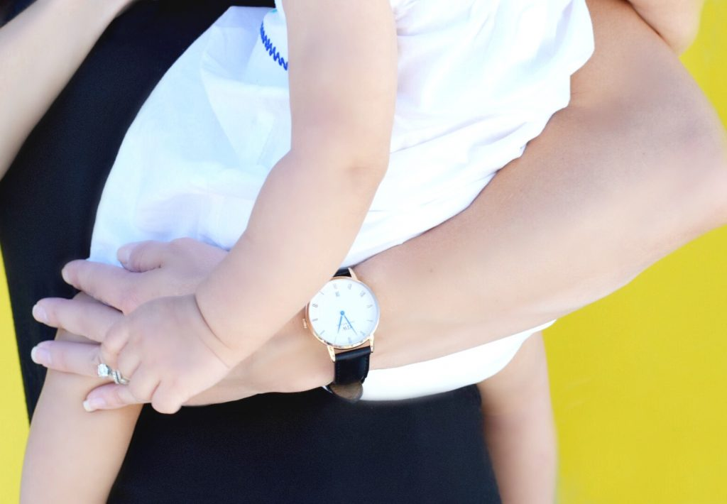 Daniel-Wellington-Watch-Review-Baby-Mom