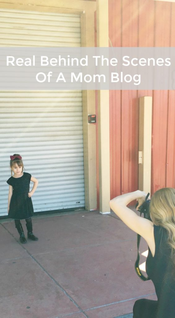 Behind-the-scenes-Mom blogger
