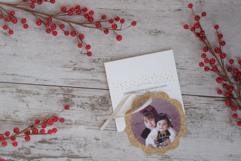 Gorgeous-ornament-holiday-cards
