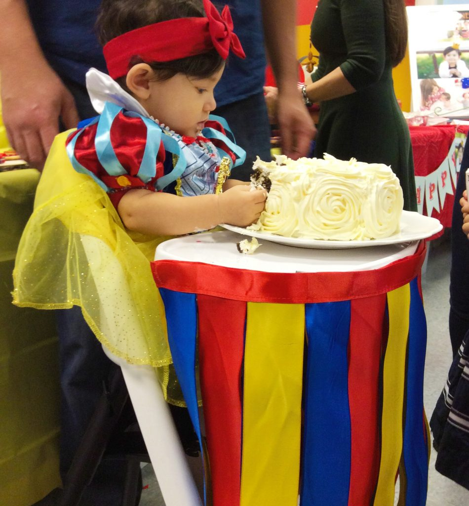 First-Birthday-Party-Disney-Snow-White-Theme-Imagine-Me-Grow-Smash-Cake