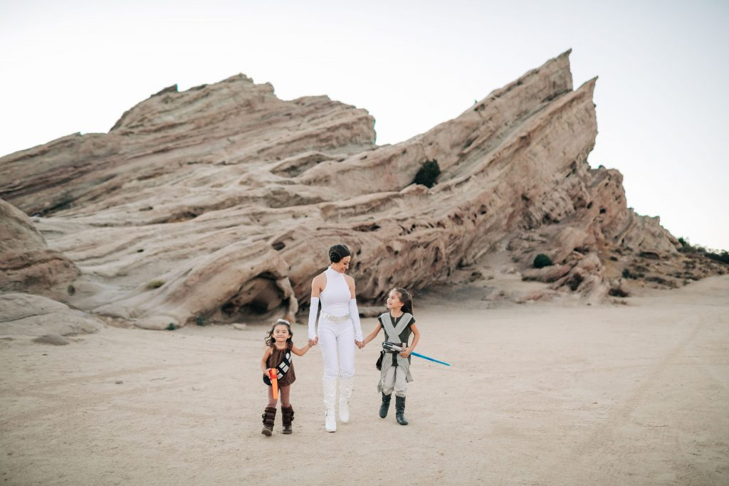 The Best Family Halloween Costumes -Star Wars- Family Costume-The Mother Overload