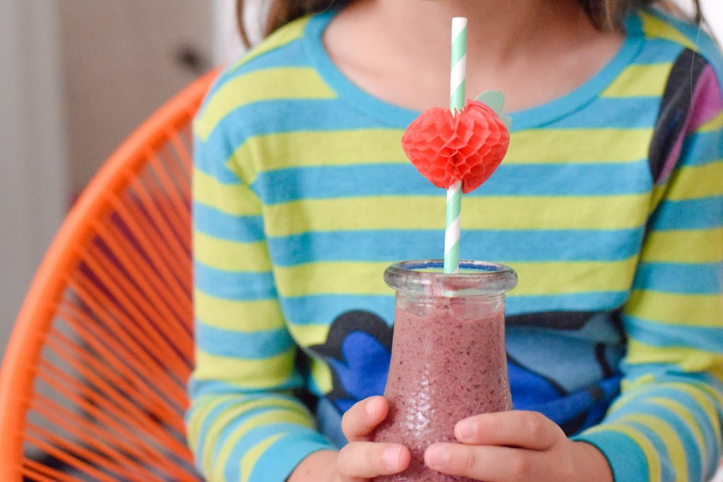 Immune-boost-smoothie-kids-Elderberry-antioxidant-immune booster
