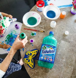 Fabuloso-complete-multipurpose-cleaner-tips-cleaning-kids-blog post-save family time