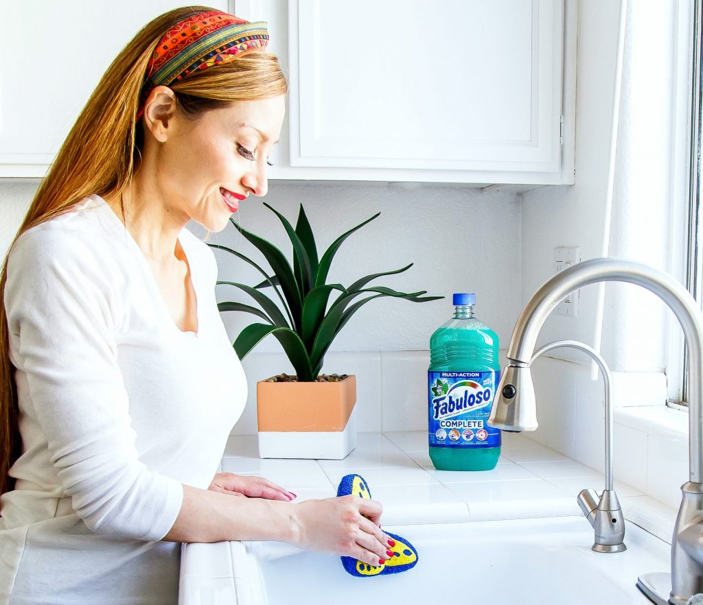 Save Time with Suavitel Complete Fabric Softener & Fabuloso Complete Multi-Purpose Cleaner
