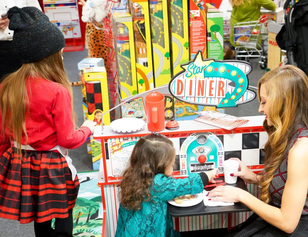 Less Screen Time-MelissaAndDoug-Giveaway-Toys-2018-The Power Of Play