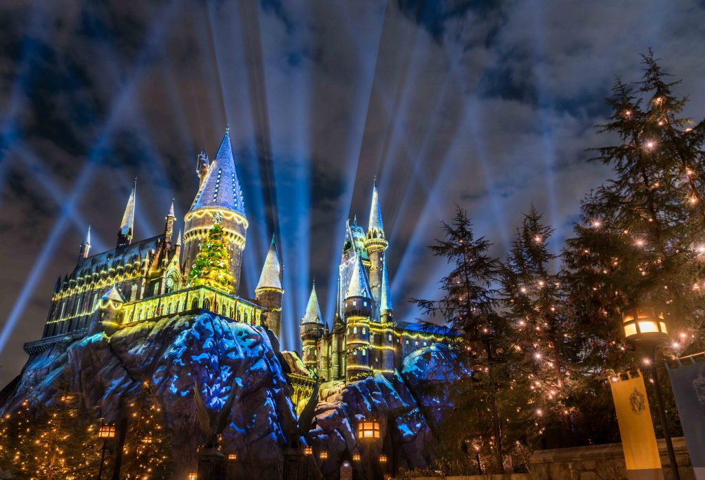 HARRY POTTER CHRISTMAS in the Wizarding World of Harry Potter