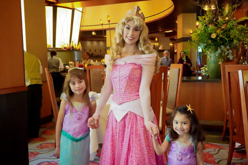 Disney-Princess-Breakfast-Adventure- Grand Californian Hotel- Disneyland-Character Dining-buffet-Napa Rose