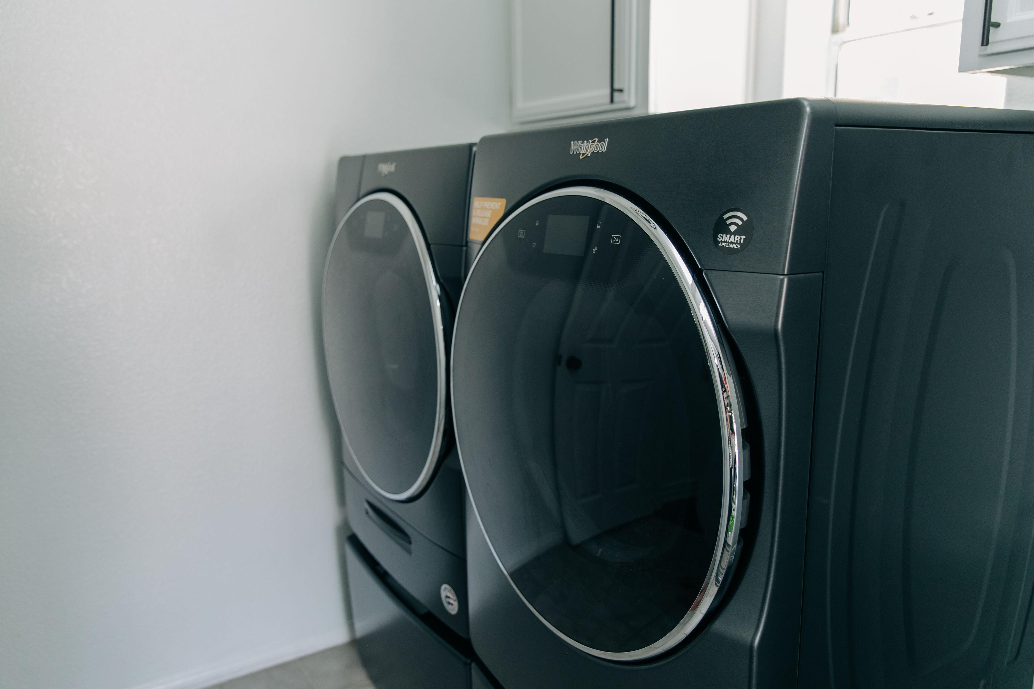 The_MotherOverload-5-Family-LaundryHacks