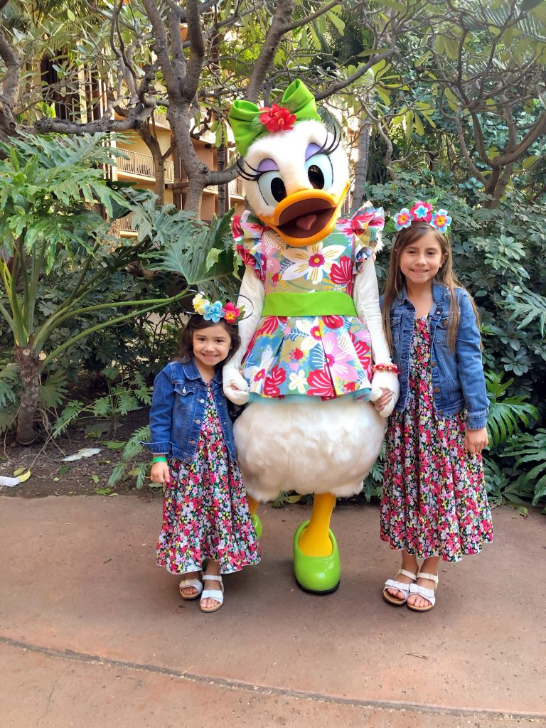 Disney Aulani Resort-more affordable than you think-deals-make your own mickey ears