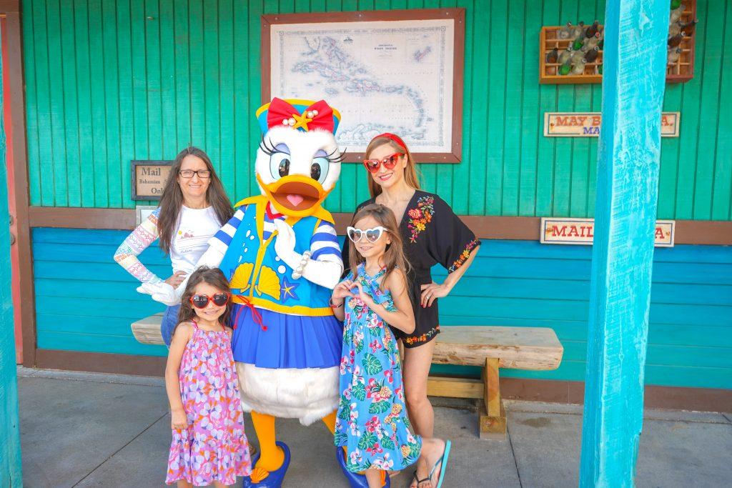 DSC07402 copyDisney Dream-Disney Bound-Daisy-Disney's Private Island-Castaway Cay-2020