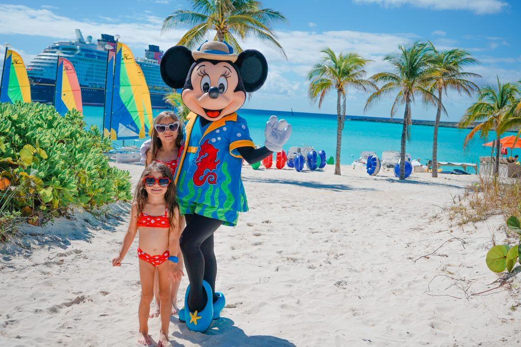Disney Dream-Disney Bound-Minnie Mouse-Disney's Private Island-Castaway Cay-2020