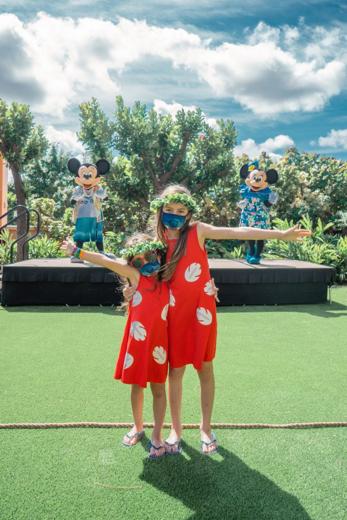 10 Reasons to Visit Aulani, a Disney Resort & Spa 2021 - Family Vacation Review - Character meet and greet - Make Your Own Mickey Ears