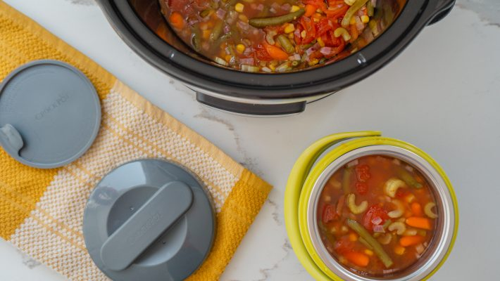 A Portable Healthy Hot Lunch To Take Anywhere Crockpot™ Mini Portable Lunch Carrier. This mini personal food warmer doesn't just keep our food warm, it lets us heat up our food wherever we are